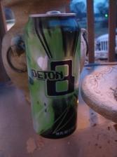 deton8-energy-drink